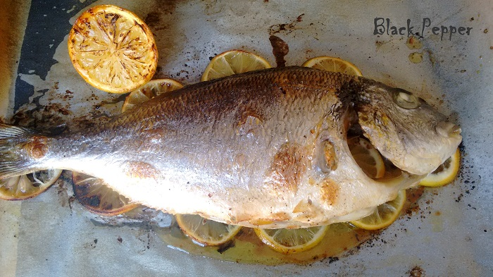 Запеченная рыба в духовке
