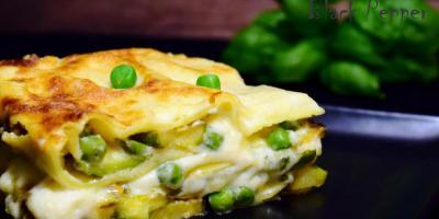Лазанья с цукини и пикантным сыром