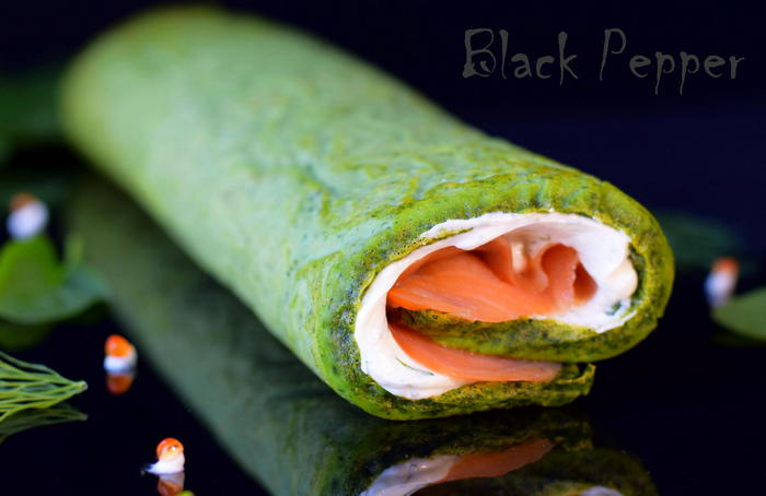 Egg spinach roll with cream cheese and smoked salmon