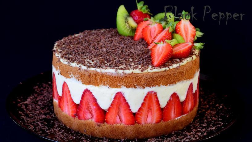 Торт с клубникой и киви