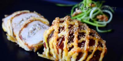 Фаршированная куриная грудка с сыром и орехами
