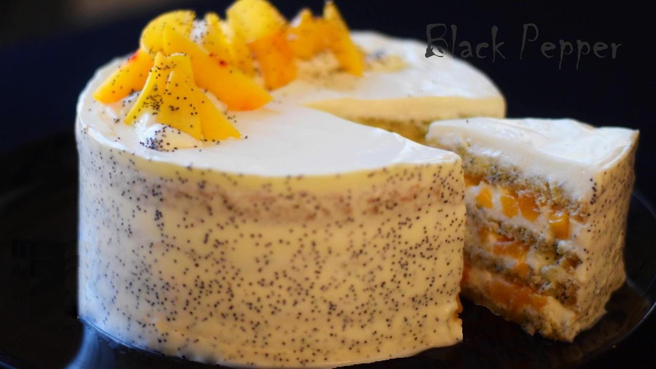 Торт с персиками и сливочным кремом