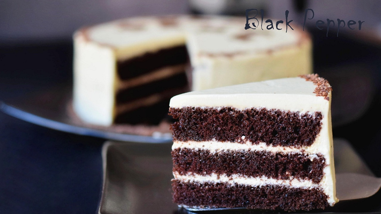 Chocolate Cake with White Chocolate Cream