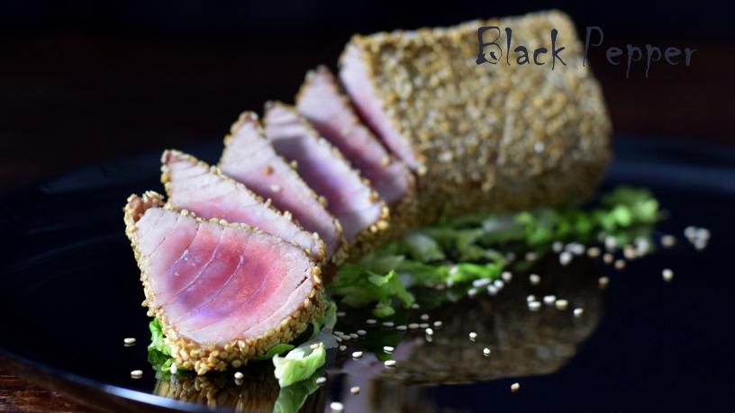 Филе тунца в кунжутной панировке