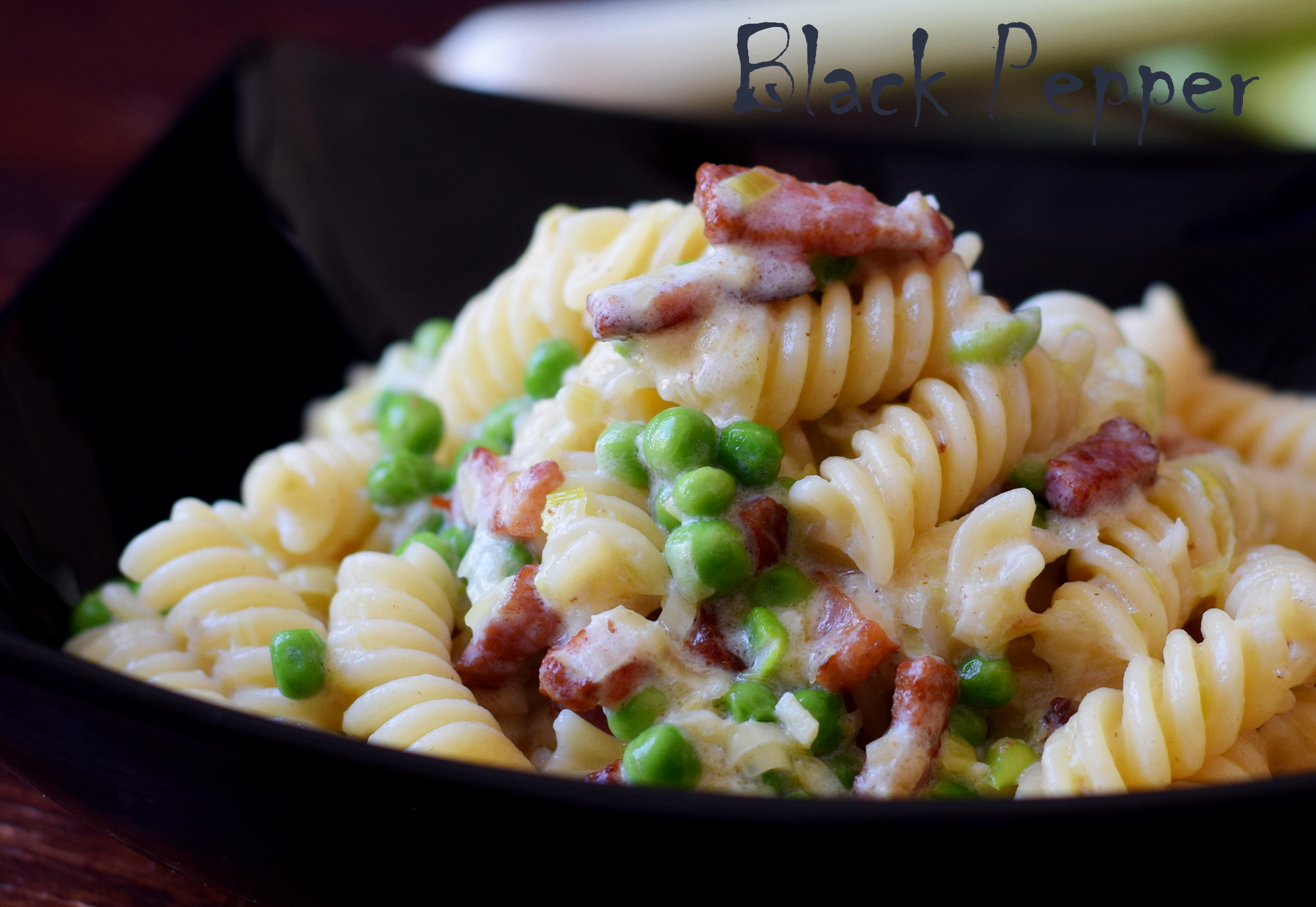 Creamy Pasta with Leeks and Bacon
