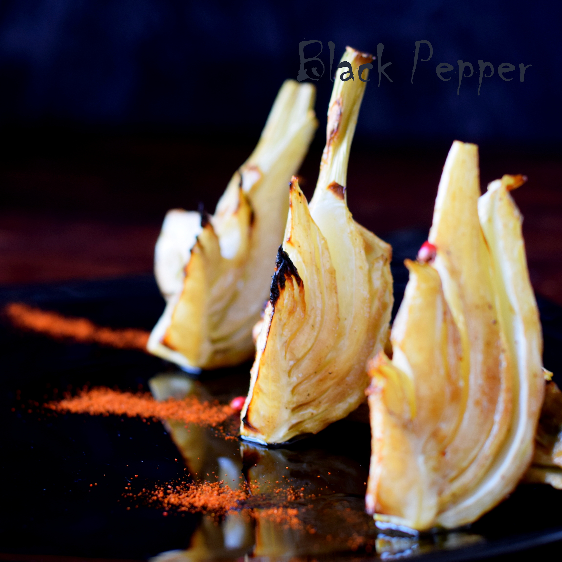 Baked fennel in the oven with olive oil and balsamic vinegar