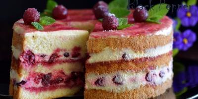 Рецепт торта с вишней и сметанным кремом Пломбир