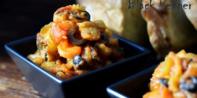 Овощное рагу с баклажанами и оливками